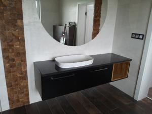 meble łazienkowe 1